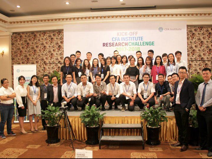 Team HCM Cuộc thi Phân tích Đầu tư. Research Challenge 2017-2018 team HCM