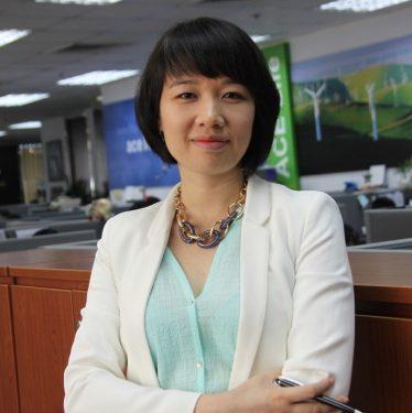 Moderator Ms Claire Le